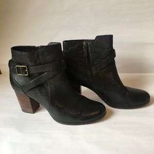 Cole Haan Booties Size: 9 Excellent Condition
